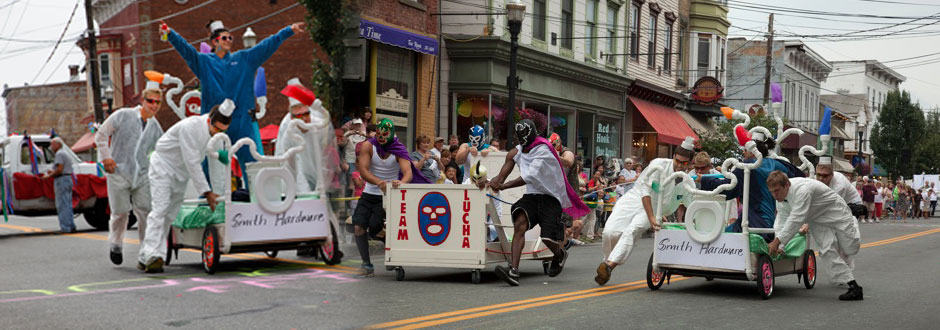 Saugerties Bed Race
